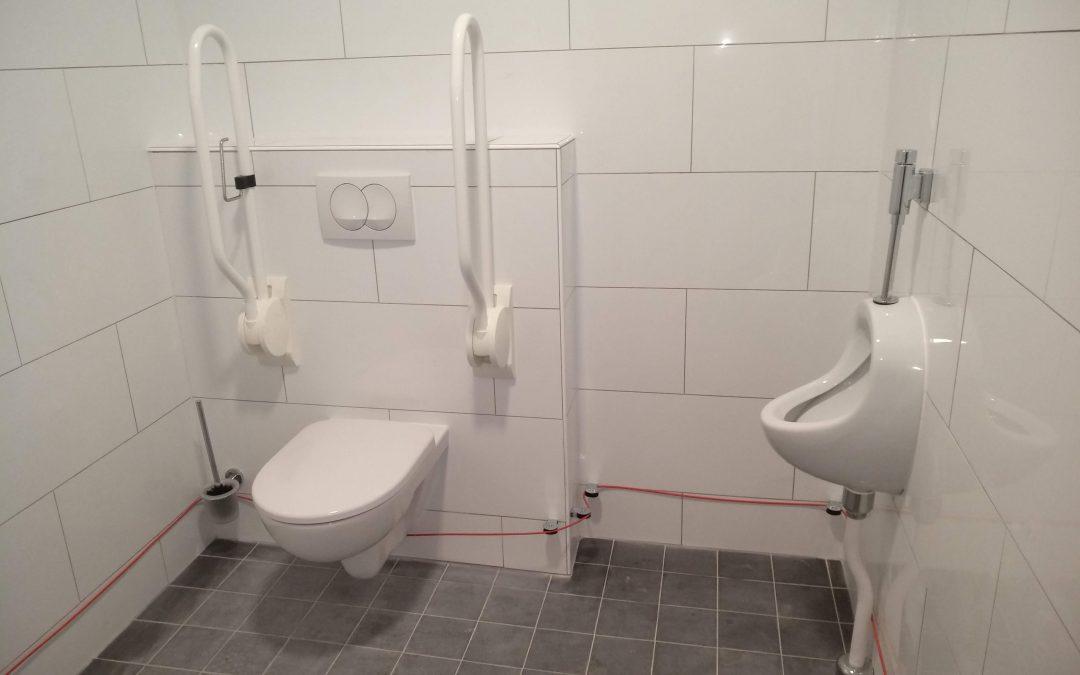 Verbouwing kindertoiletten naar invalide-toilet